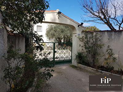 Maison familiale de provence amenagement salle de bain en - Le bon coin location salon de provence ...